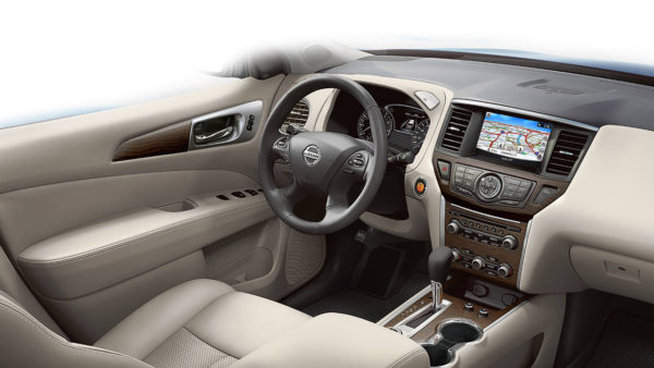 Navigation system inside a Nissan Pathfinder